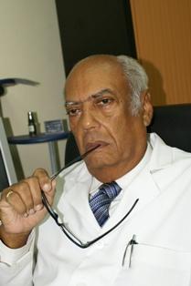 Dr. Márquez Guillén