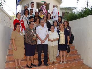 Grupo de Puericultura junto al ministro 4 de abril 2005 Infomed