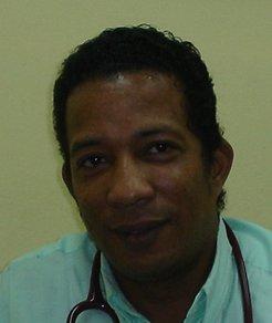 Dr. Jaffet Tapia
